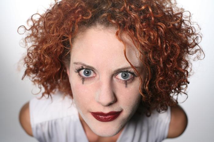 https://pixabay.com/en/woman-head-face-makeup-clown-1283226/