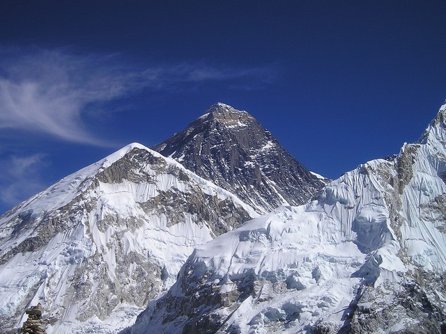 https://pixabay.com/en/mount-everest-himalayas-nepal-413/