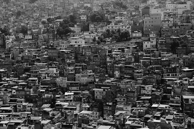 https://pixabay.com/en/city-urban-slum-favela-buildings-731385/